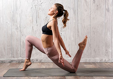asdf_0000_anjaneyasana-yoga-pose-2XGN5AS.jpg